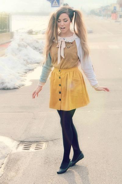 mustard a Sheinside skirt - light pink Sheinside dress - black Calzedonia tights