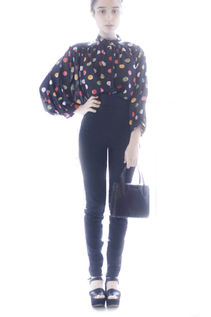 black H&amp;M shirt - black Zara pants - black vintage purse - black Chloe shoes