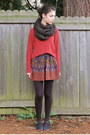 Brick-red-forever-21-sweater-black-harriet-carter-tights-black-jujubes-scarf