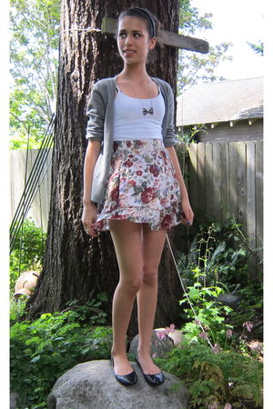 silver Urban Outfitters necklace - black Type Z shoes - red Target skirt