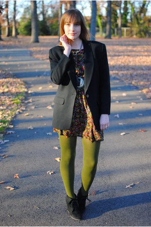 olive green Worthington tights - black floral Forever21 dress