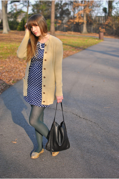 blue polka dot dress - tan Miss Me shoes - tan ribbed vintage sweater