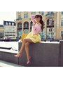 Bronze-jacket-light-pink-heels-light-yellow-skirt-light-pink-blouse