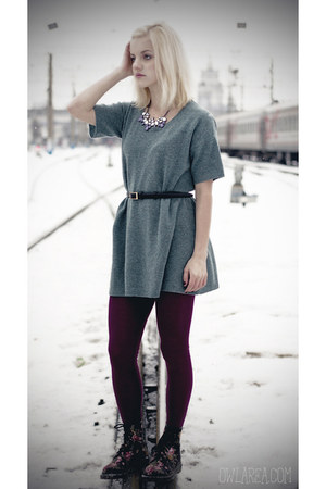 aquamarine merino wool Uniqlo dress - Dr Martens boots - maroon Uniqlo leggings