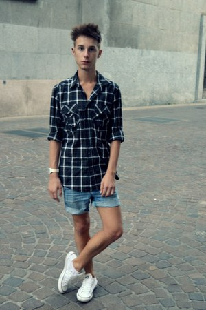 dark gray antony morato shirt - white Converse shoes