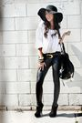Black-leggings-white-from-panama-blouse-black-forever-21-hat-brown-accesso