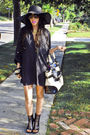 Black-ellsey-shirt-black-aldo-shoes-black-steet-vendor-hat-gold-wholesale-