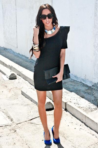 Blue Dress Shoe on Black