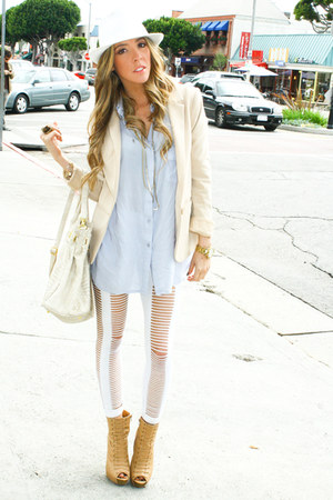beige H&amp;M blazer - white HAUTE&amp;REBELLIOUS leggings