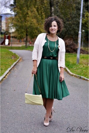Primark cardigan - teal hlns dress - eggshell vintage bag