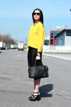Zara sweatshirt - loewe bag - rayban sunglasses - Bimba y Lola necklace
