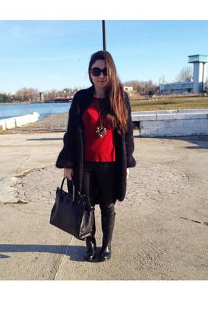black rubber Marc Jacobs boots - black black Vogue sunglasses