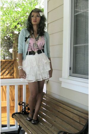 white Icings accessories - blue Heritage 1981 cardigan - pink Blooms shirt - bla