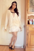 cream knitted Roxy cardigan - black Fioni shoes - light pink decree blouse
