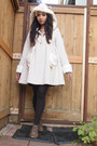 Bodyline-coat-ankle-boots-boots-ck-tights