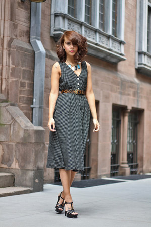 black polka dot vintage dress - dark brown leopard Jcrew belt