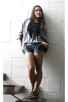 black diy necklace - forest green Mphosis shorts - heather gray Forever 21 top