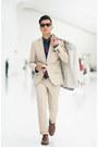21-men-suit