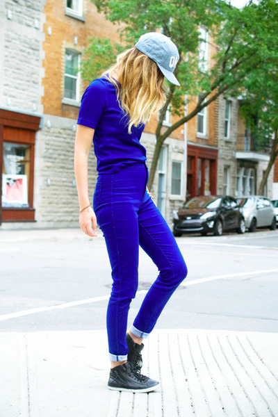 blue easy American Apparel jeans - periwinkle cap Quintin hat