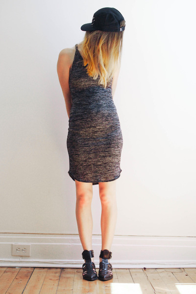 black cap Quintin hat - heather gray Aritzia dress - black Zara sandals