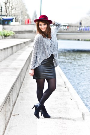 asos skirt - gemo boots - H&M top