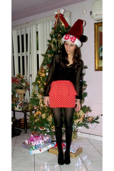 ruby red Forever 21 skirt - ivory Disney hat - black Forever 21 pumps