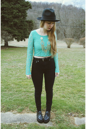 black Kill City jeans - black gypsy warrior hat - aquamarine Love shirt