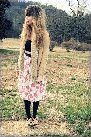 ruby red vintage skirt - camel Express cardigan - black vintage belt - neutral S