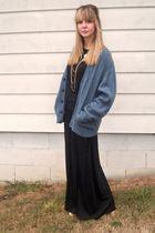 black Old Navy dress - blue vintage sweater - gold Forever 21 necklace - beige S