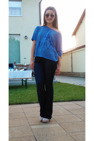 blue Stradivarius blouse - navy jeans H&M jeans - brown Ray Ban glasses