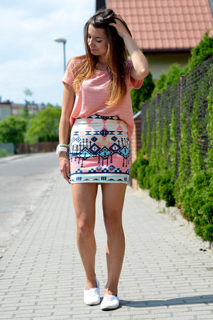 off white Bershka skirt - light pink H&M blouse - white Deichmann flats