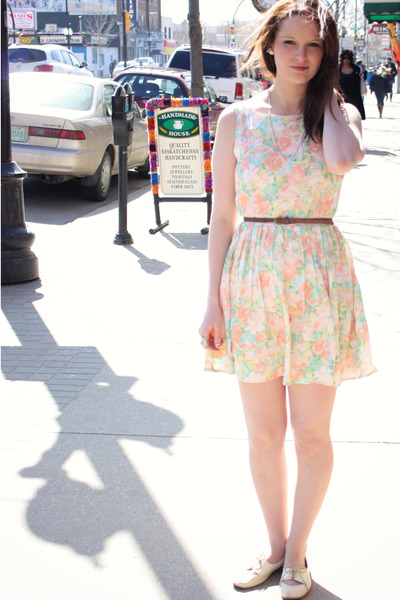 light pink floral print Forever21 dress