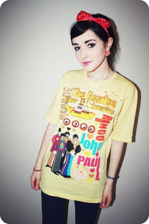 blue Topshop jeans - yellow beatles t-shirt - pink headband Topshop