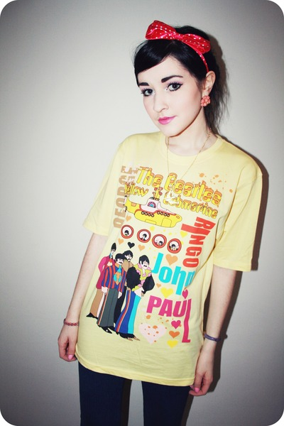 blue Topshop jeans - yellow beatles t-shirt - pink headband Topshop