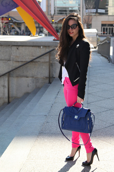 blazer Helmut Lang blazer - denim joes jeans - bag Danielle Nicole bag