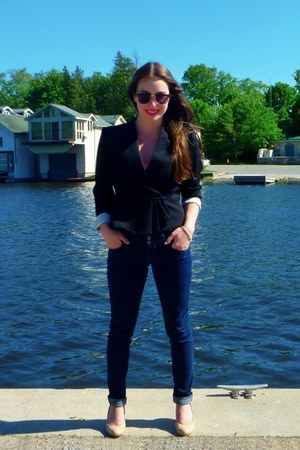 navy hollister jeans - black cropped H&M blazer