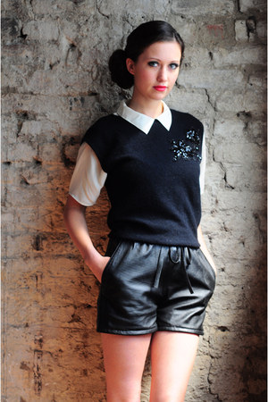 DollsMaison shorts - wool and sequin DollsMaison vest - DollsMaison blouse