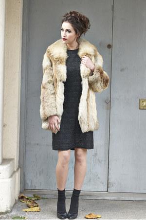 brown fur DollsMaison coat - black DollsMaison dress