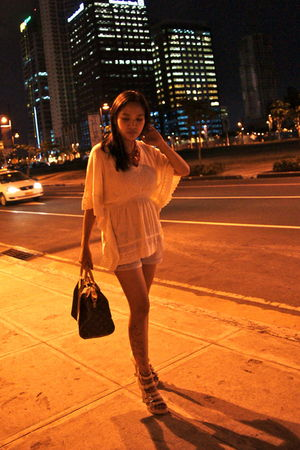 white Zara blouse - beige Charles and Keith shoes