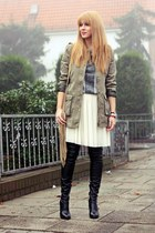 olive green New Yorker jacket - tan Esprit bag - ivory pleated Zero skirt