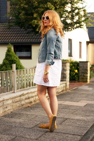 mustard H&M shoes - white calvin klein dress - denim Esprit jacket