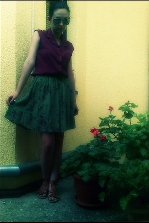 green romantic second hand skirt - crimson casual chic unknown shirt