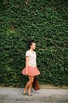 coral skirt - beige shirt - navy polka dots flats