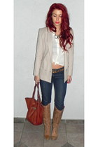 tan leather Steve Madden boots - navy BDG jeans - off white H&M blazer - white r
