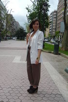 white Zara blazer - pink H&M t-shirt - brown Zara pants - brown Primadonna shoes