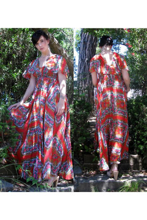 red Vintage UNIQUE- Maxi dress - beige Forninasp shoes