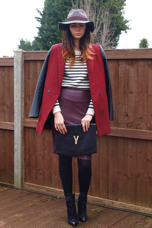 puce H&amp;M hat - black Zara boots - brick red Internacionale coat - black Ebay bag