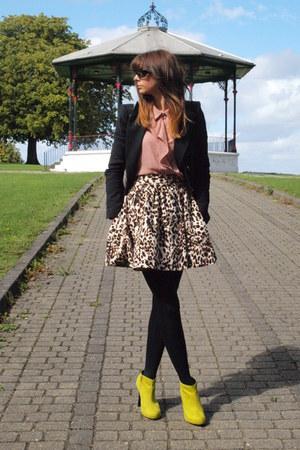 leopard print Zara skirt - lime green Dorothy Perkins boots - black Zara blazer