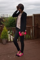 hot pink Zara bag - black Zara jeans - light pink Zara sweater
