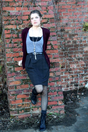 maroon cardigan - black asos boots - heather gray shirt - charcoal gray socks